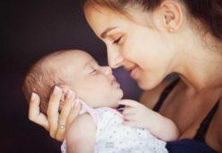 Trẻ sơ sinh hay vặn mình – Dấu hiệu sinh lý hay biểu hiện bệnh lý?